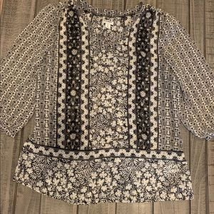 Old Navy Black and White Blouse